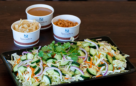 Spicy Thai Peanut Salad Platter